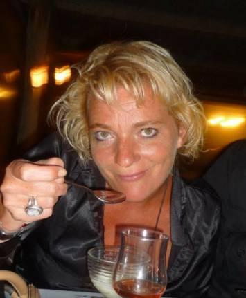 Laurence DE VILLIERS - PONTON3 l'Agence